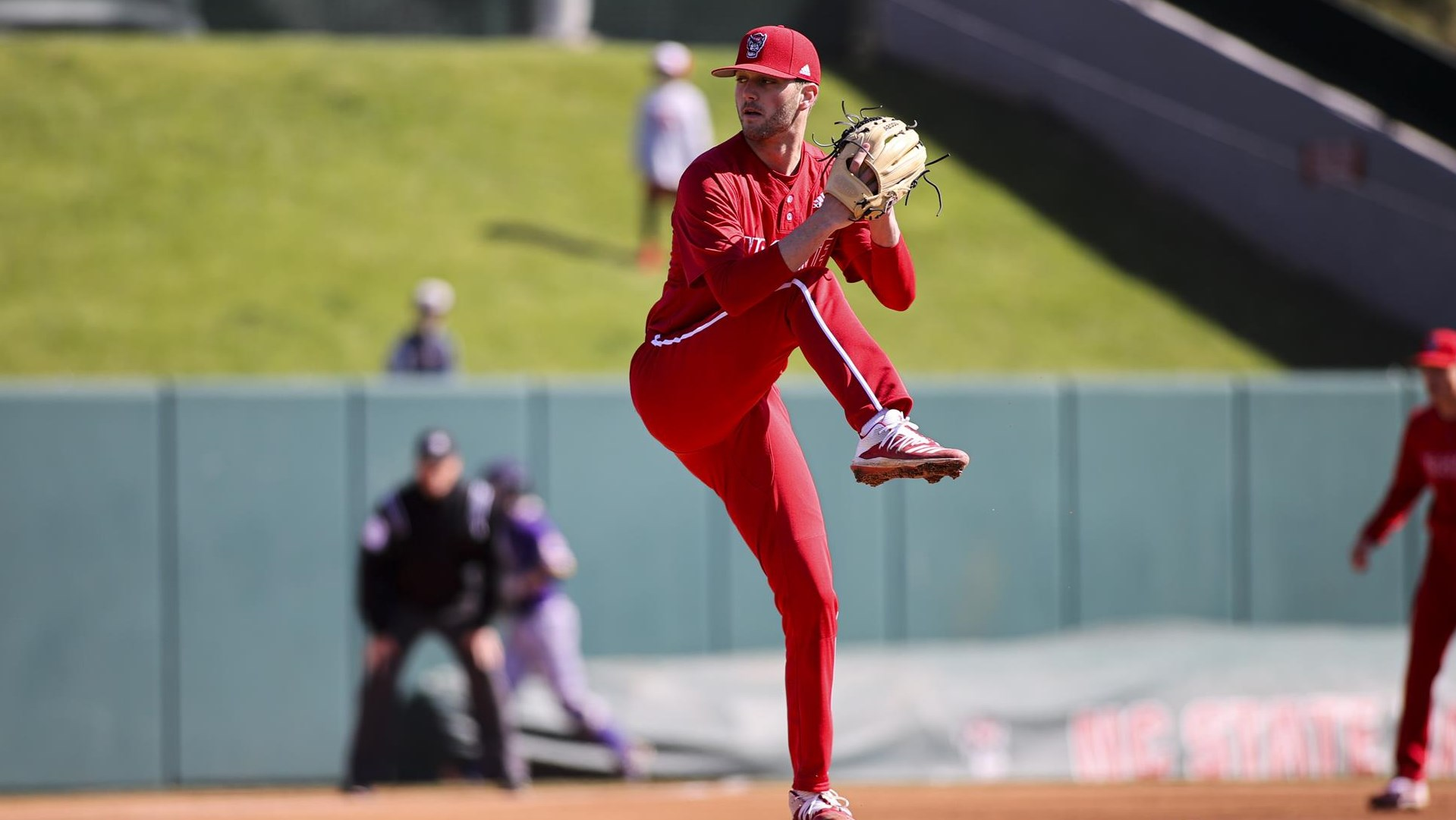 Swiney Picks Up Conference National Awards Following Dominant Outing At Cambriacollegeclassic Nc State University Athletics